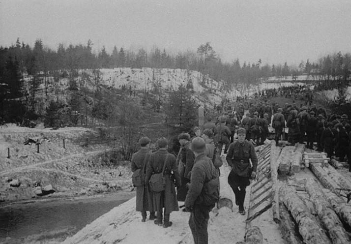 Она также известна, как Зимняя война. Цель этой войны для СССР было отодвинуть свою северо-западную границу