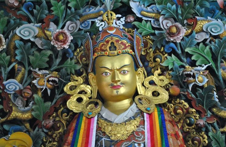 Гуру Ринпоче Падмасамбхава. Обрести человеческое тело трудно༄