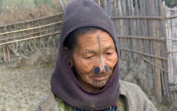 Племя Ади из Индии, штат Аруначал-Прадеш. Едят крыс