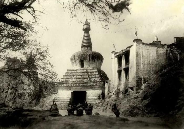 Дакини Таре Лхамо. Чудеса Святой из Тибета в 20 веке