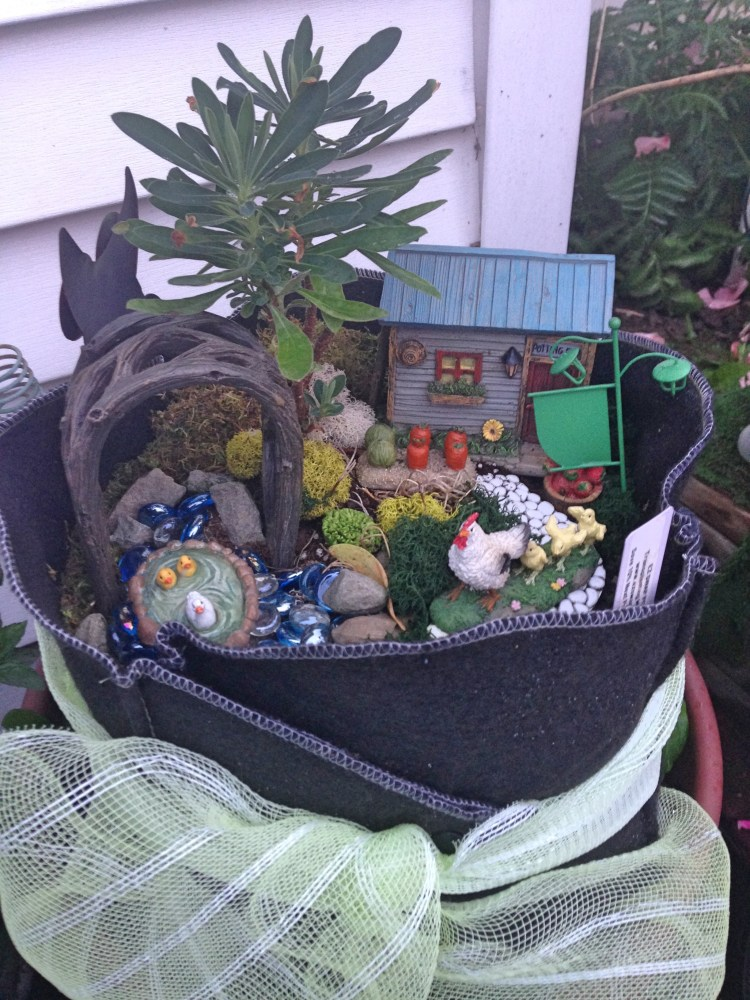 Fairy garden in Ez Swap Pot