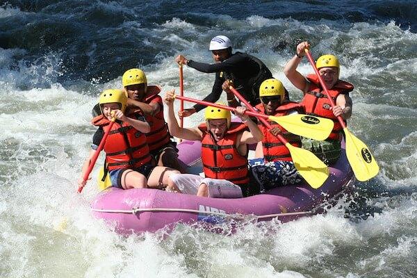 rafting-661716_600 otimizada