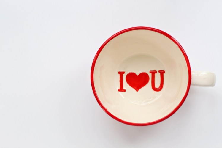 valentines-day-background-1957006_1280