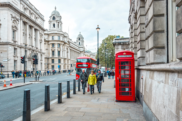 仅限编辑用途-倫敦shutterstock_574752298.jpg