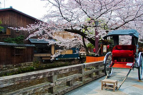 shutterstock_114014005_京都祇園