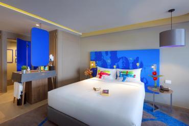 曼谷考山路韋恩泰宜必思尚品酒店