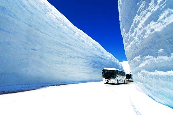1 立山黑部 雪牆2