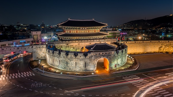 shutterstock_789835969_水原華城(2)
