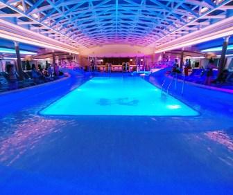 盛世公主遊輪_好萊塢泳池俱樂部
