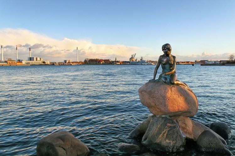 丹麥The little Mermaid仅限编辑使用shutterstock_134649926.jpg