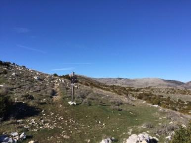 Vers le col de Coursegoules