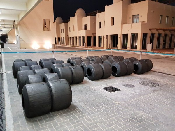 pic-14 / SEVENTH TEST WITH RED BULL RACING: Pierre Gasly tests at Yas Marina Circuit, Yas Island, Abu Dhabi, United Arab Emirates, THE WIDER TYRES FOR 2017 SEASON