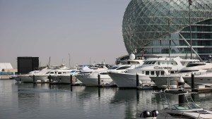 Yachts in the Marina at Formula One World Championship, Rd21, Abu Dhabi Grand Prix, Preparations, Yas Marina Circuit, Abu Dhabi, UAE, Thursday 24 November 2016. © Sutton Images