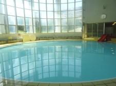円形プール