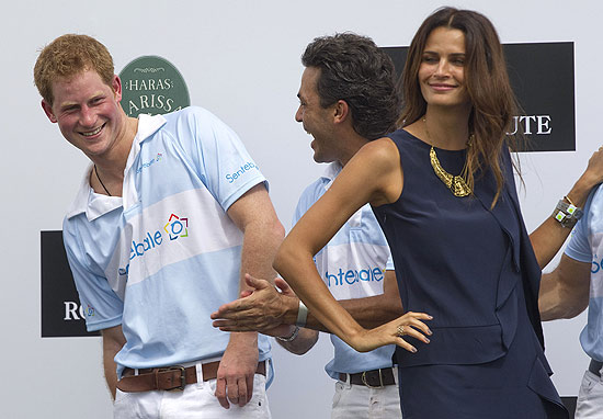 O príncipe Harry e a top brasileira Fernanda Motta