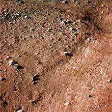 Imagens coloridas obtidas pela sonda Phoenix mostram superficie de Marte