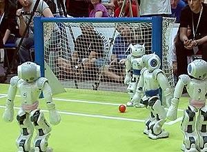 Turquia é sede da Copa do Mundo de futebol para robôs, com participantes de 40 países; assista ao vídeo