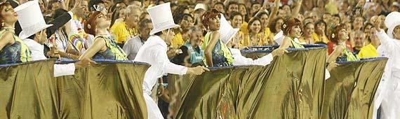 Vencedora, Tijuca impressionou com truques da comissão de frente; veja fotos de todos os desfiles