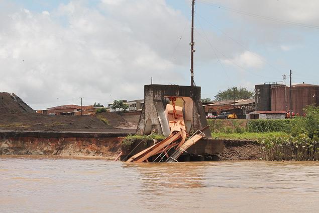 Desabamento de um porto deixa seis desaparecidos no Amapá