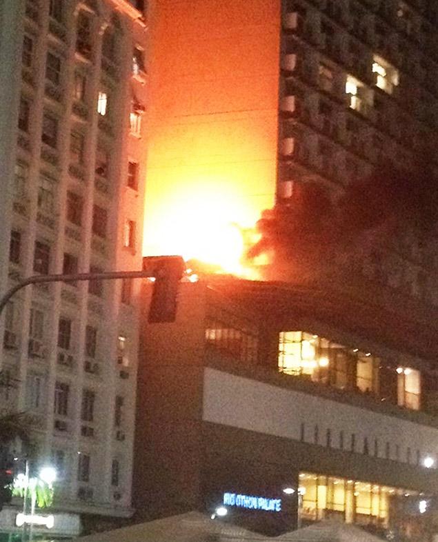 Incêndio danificou parte do Hotel Othon, em Copacabana, no Rio