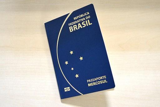 Fotos do novo passaporte com validade de 10 anos