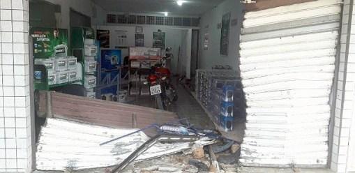 Loja saqueada em Natal, no Rio Grande do Norte