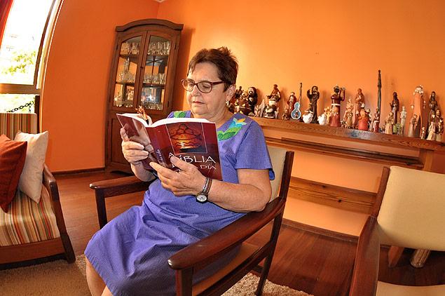 A médica e professora universitária Maria Inês Gomes, 67, de Juiz de Fora (MG), que ouviu seu psicanalista falar sobre a importância da espiritualidade