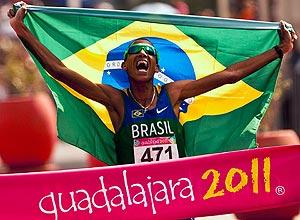 Solonei da Silva, nascido em Penápolis, jogou e é torcedor do CAP, comemora ouro no Pan de 2011
