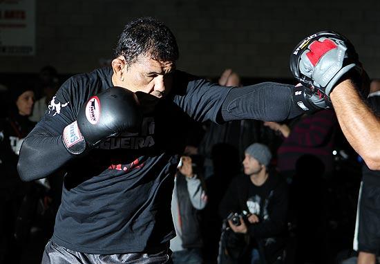 11342150 - Minotauro treina pesado para vencer revanche no UFC