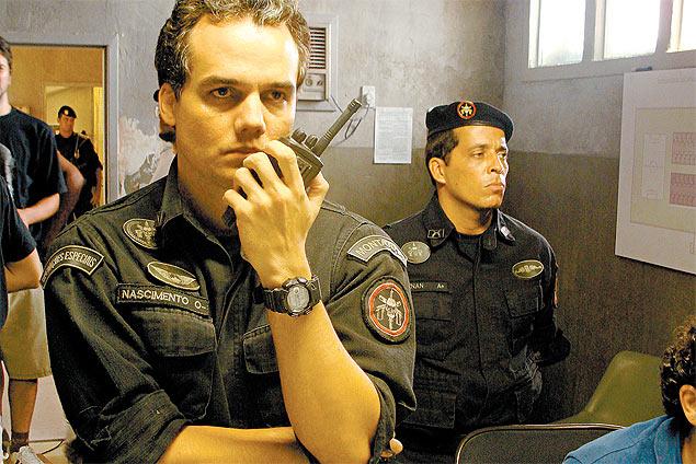 """Wagner Moura, o coronel Nascimento, em cena do filme """"Tropa de ELite 2"""""""