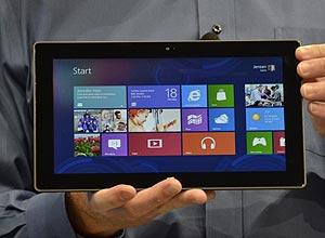Surface nas mãos do CEO da Microsoft, Steve Ballmer