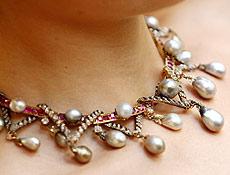 Colar de pérola, diamante e rubi pertenceu a última rainha da França, Maria Antonieta