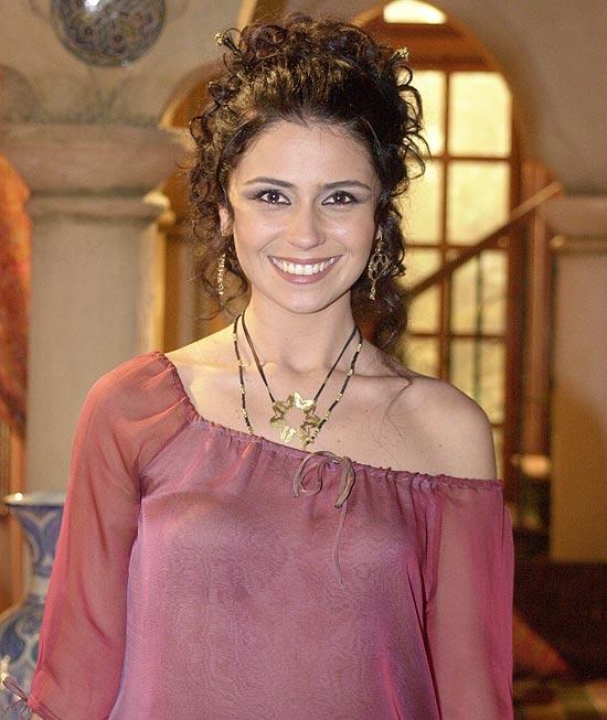 """A atriz Giovanna Antonelli como Jade, a protagonista de """"O Clone"""""""