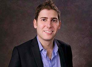 O brasileiro Eduardo Saverin, cofundador do Facebook
