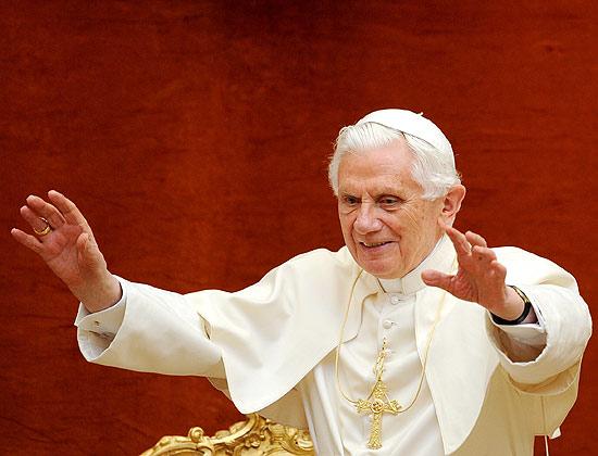 Papa Bento 16 foi denunciado para o Tribunal Penal Internaiconal por crimes contra humanidade