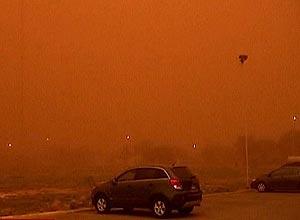 Tempestade de poeira vermelha deixa cidade do Texas parecida com Marte