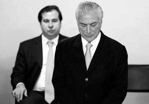 Presidente da Câmara, Rodrigo Maia, e presidente Michel Temer (dir.)