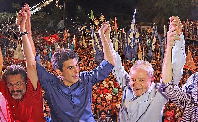 Lula e Helder em ato de campanha em Ananindeua, no Pará