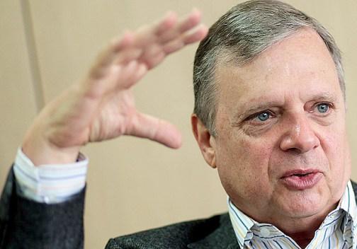 Tasso Jereissati seria candidato indireto a presidente em nova configuração