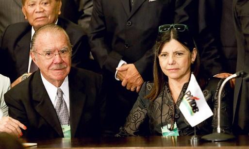 José Sarney e a filha, Roseana, que deve disputar o governo do Maranhão, em momento difícil para o clã