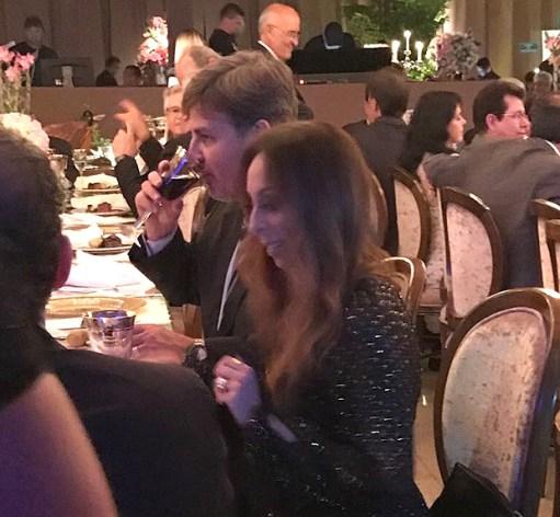 Diretor da PF janta na mesa com ex-senador Clésio Andrade