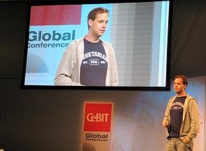 Sunde foi à maior feira de tecnologia do planeta, a Cebit, para falar sobre seu novo empreendimento, o Flattr