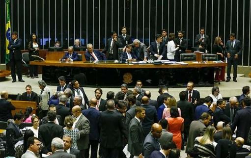 Plenário da Câmara dos Deputados, em Brasília, durante votação de proposta da reforma política no começo do mês