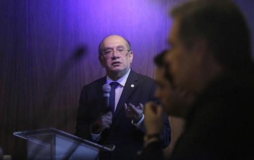 O ministro Gilmar Mendes participa de seminário sobre reforma política na filial paulista do IDP (Instituto de Direito Público), na Bela Vista (SP)