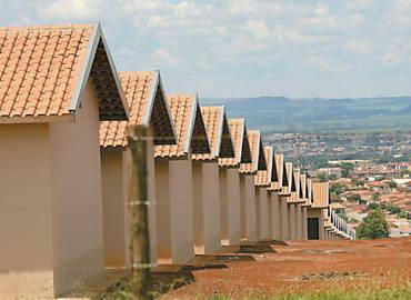 Resultado de imagem para casas financiadas