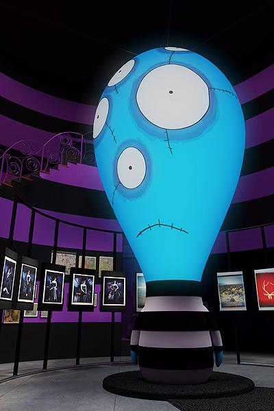 No MIS, o Balloon Boy é uma escultura de seis metros que fica na sala felicidade