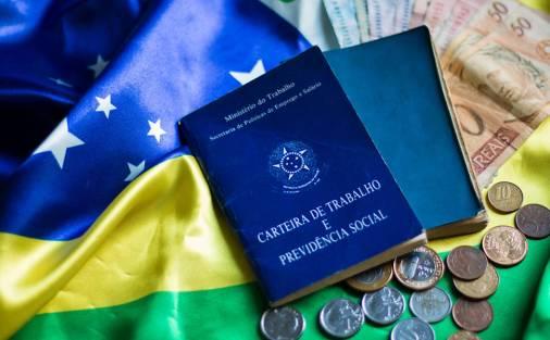 PIB do Brasil recua 3,6% em 2016