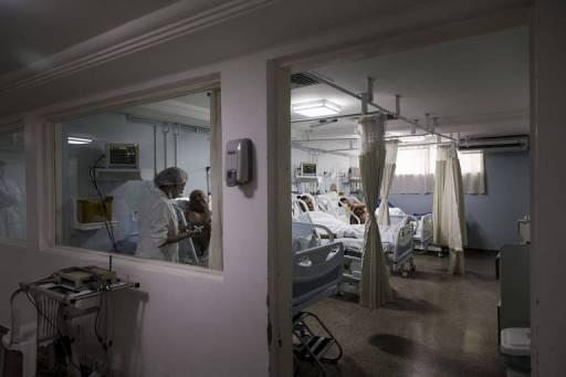 Movimentação de médicos e pacientes no setor de atendimento coronário em hospital de Aracaju