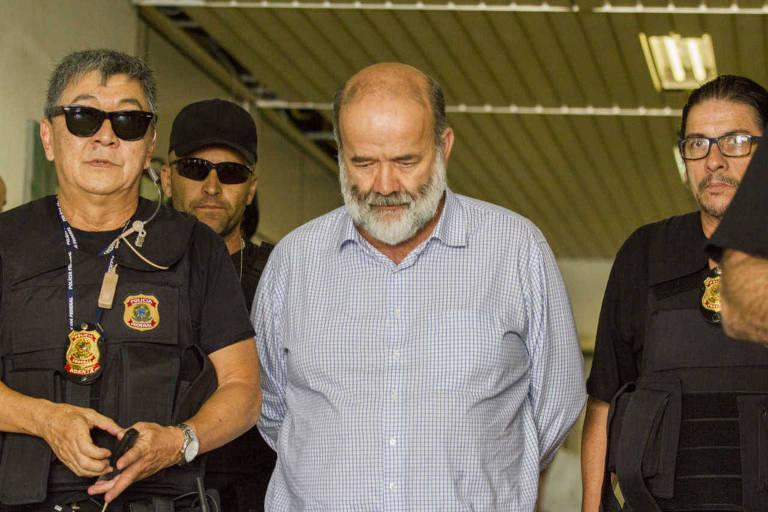 João Vaccari Neto, tesoureiro do PT, deixa o IML após a realização de corpo delito em Curitiba
