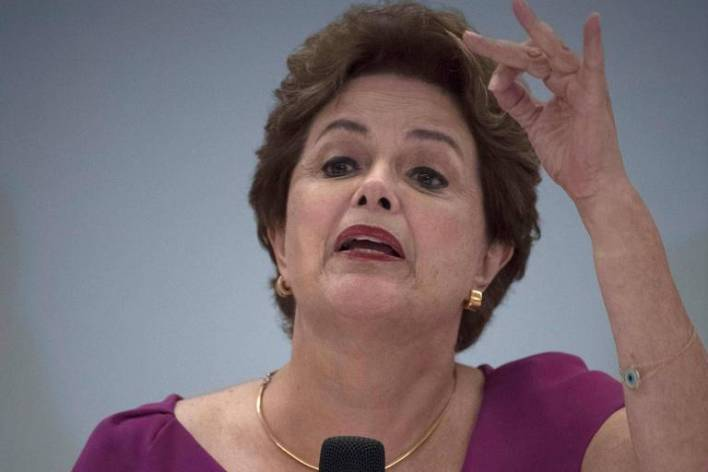 Dilma durante entrevista no Rio